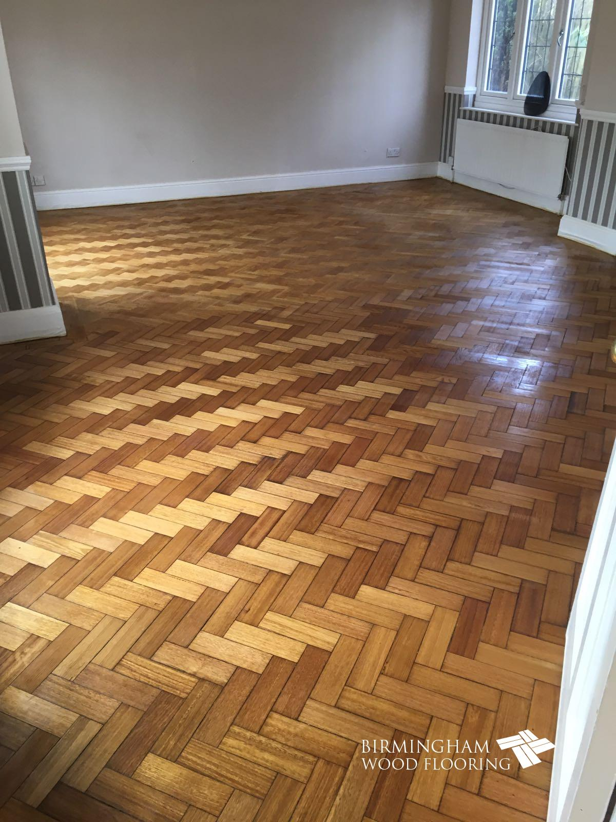 Oak-floor-sanding-sealing-with-Bona-Mega