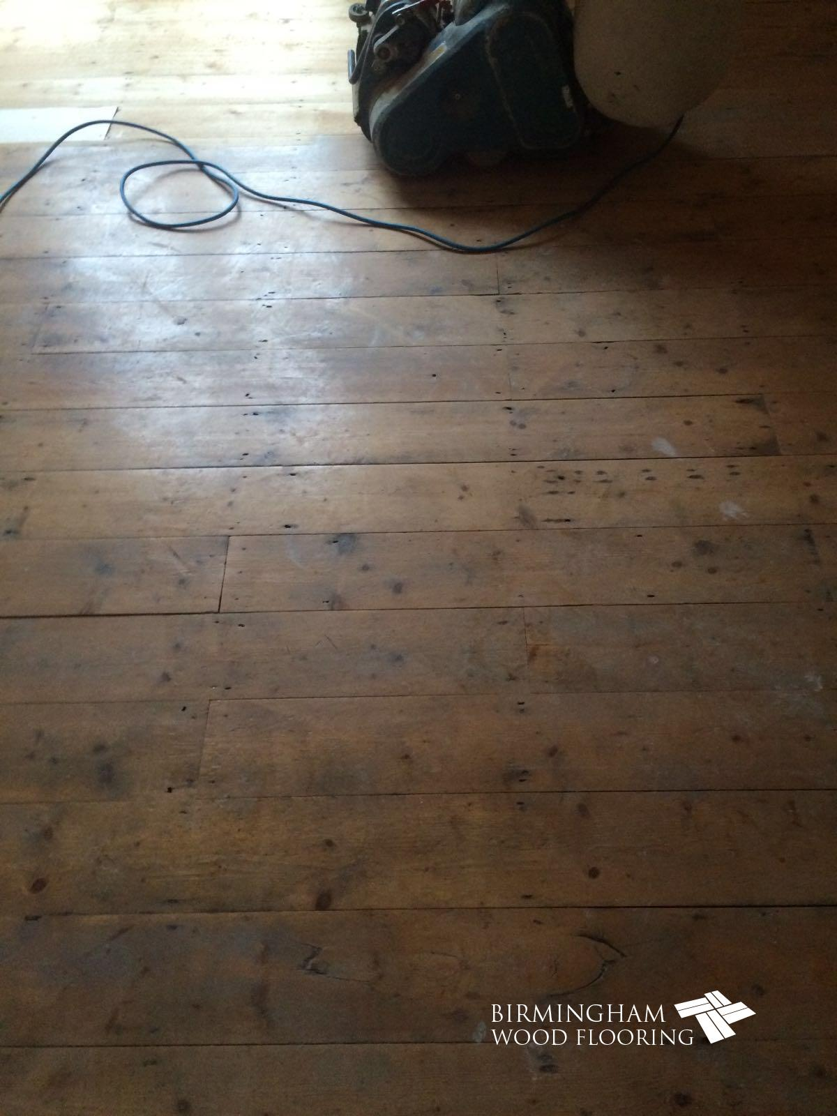 Wood-floor-before-being-sanded-2