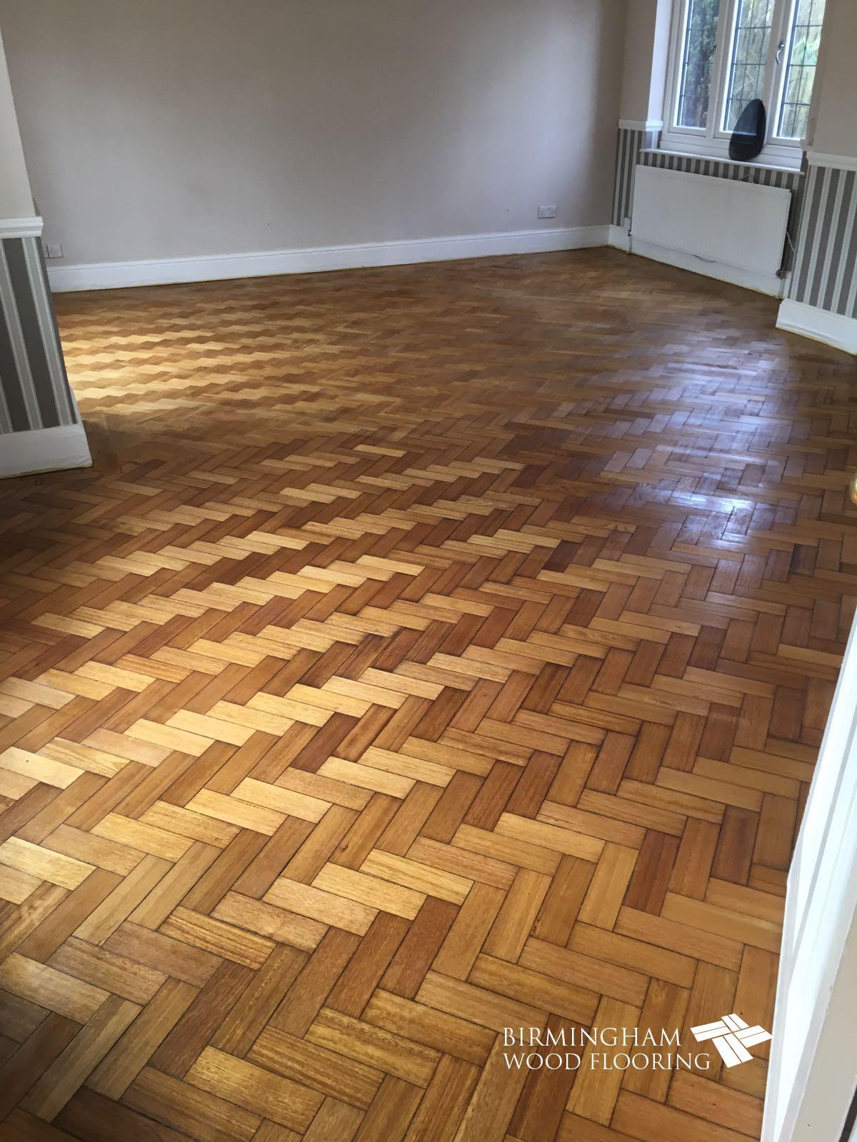 Oak-floor-sanding-sealing-with-Bona-Mega