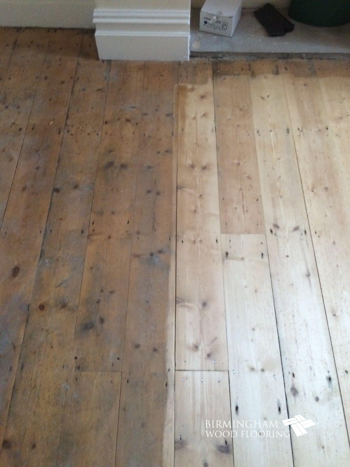 Wood-floor-being-sanded-1
