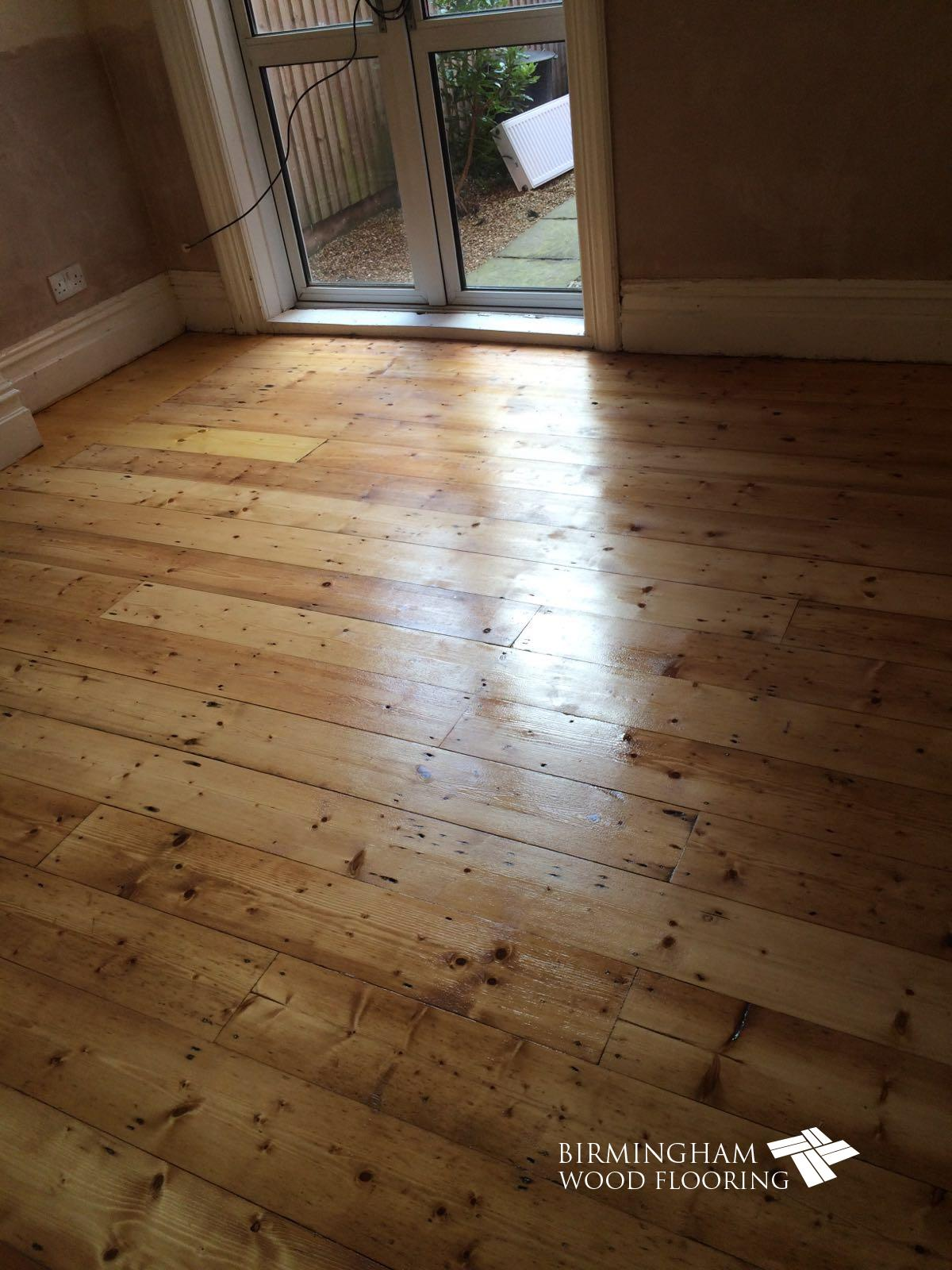 Wood-floor-sanded-and-lacquered-3